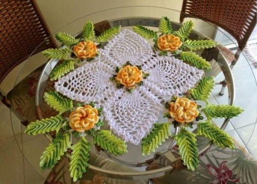 Ponto abacaxi e flores