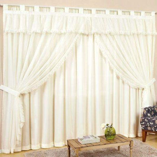 cortinas para sala com bandô branco