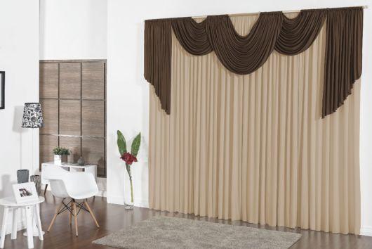 cortinas para sala com bandô cor marrom