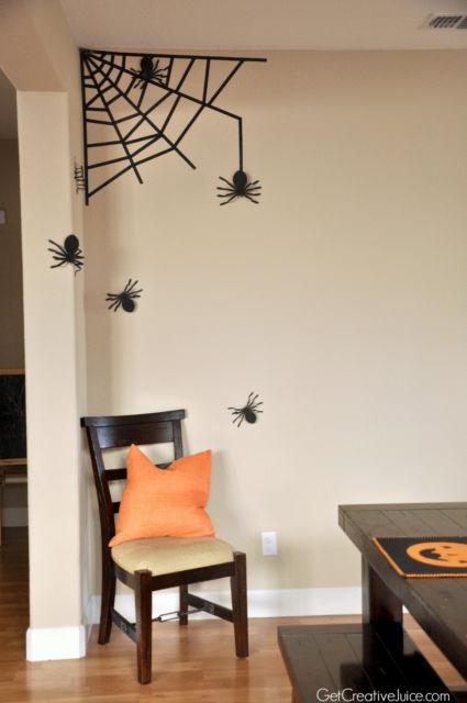 decoração com fita isolante teia