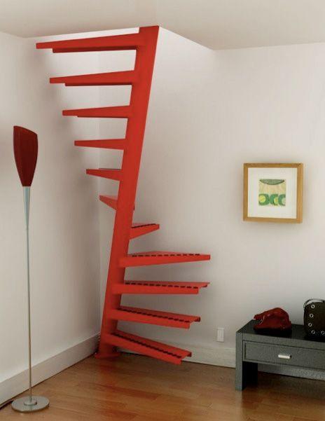 escada colorida e moderna