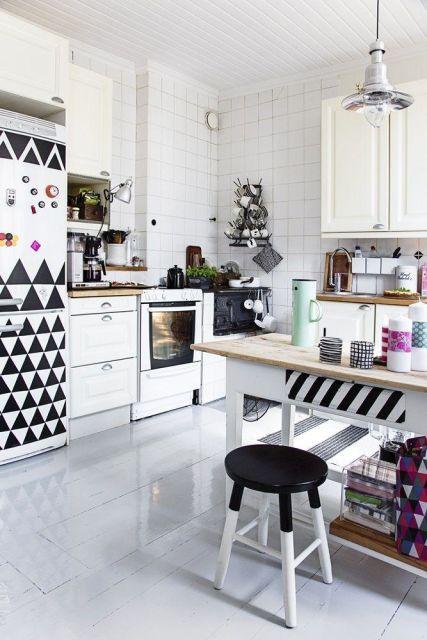 geladeira colorida adesivo geométrico
