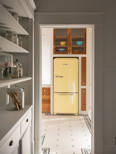geladeira colorida amarela