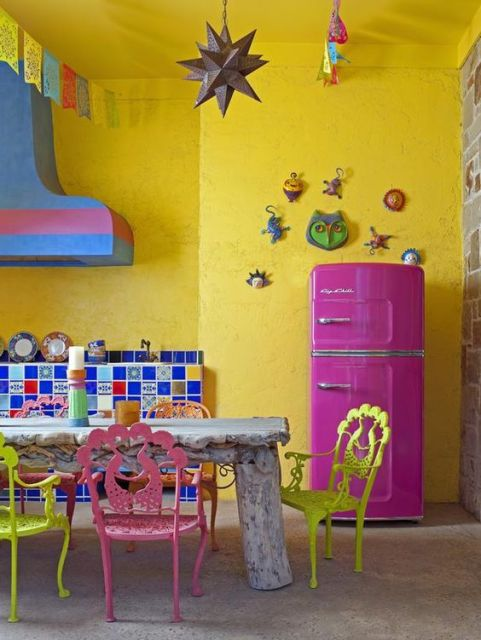 geladeira colorida pink
