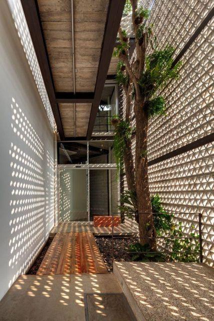 ideias jardim de inverno : ideias jardim de inverno:parede de cobogó permite a entrada de luz