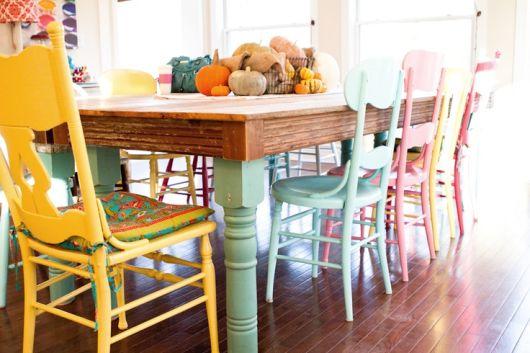 móveis coloridos antigos