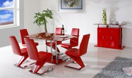 móveis coloridos cozinha vermelha