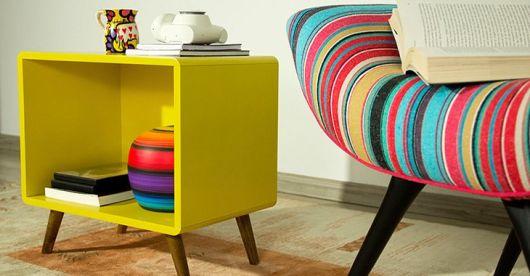 móveis coloridos retrô