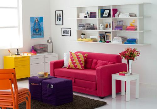 móveis coloridos sala colorida