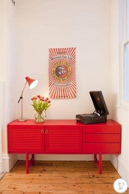 móveis coloridos vintage