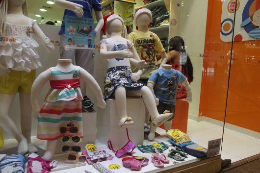 Vitrine loja infantil