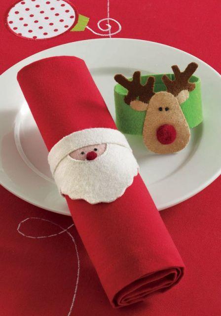 mesa de natal com feltro porta guardanapos