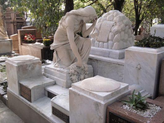 modelos de túmulos DE mármore