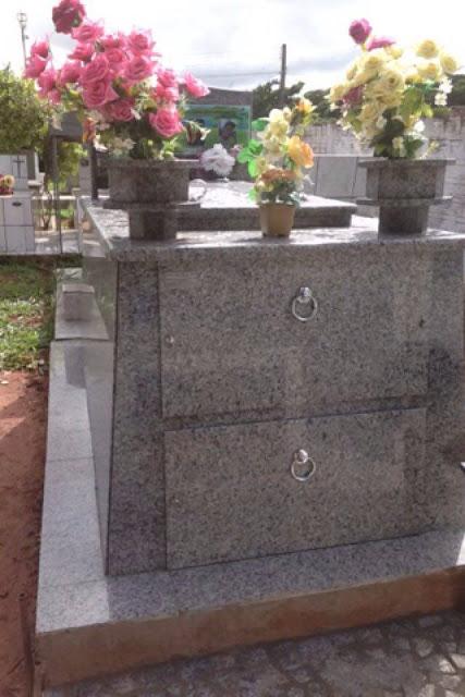 modelos de túmulos de granito