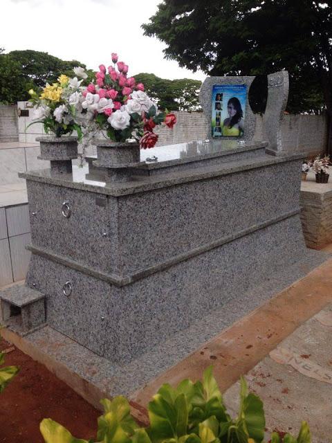 modelos de túmulos - granito