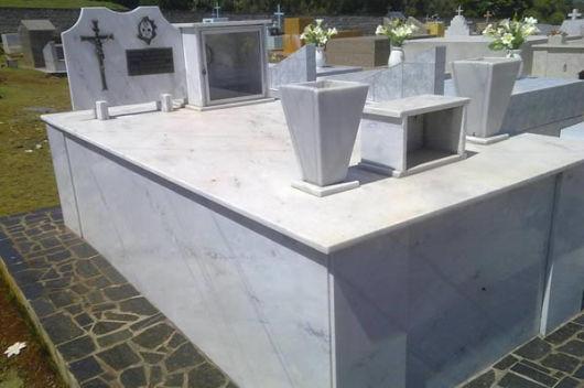 modelos de túmulos - mármore