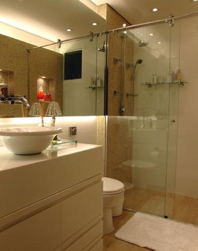 Piso para banheiro veja como não errar na escolha! -> Banheiro Pequeno Piso Grande