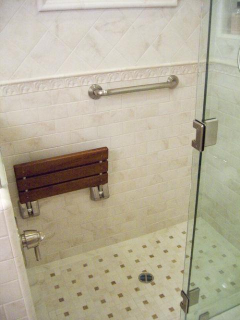 Banheiro com barra