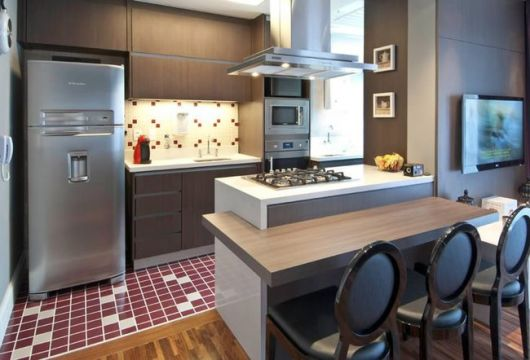 piso diferente sala e cozinha