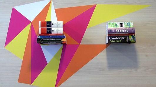 prateleira invisível para livros com design