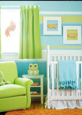 quarto de bebê azul e verde estilo