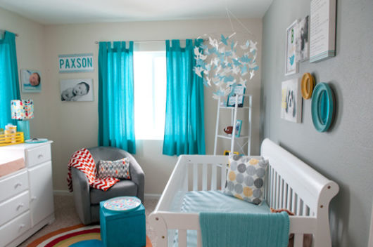quarto de bebê azul modernos