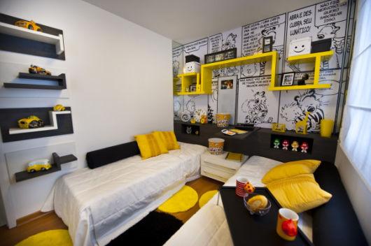 decoração em preto e amarelo