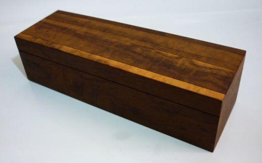 rack de madeira tipo imbuia