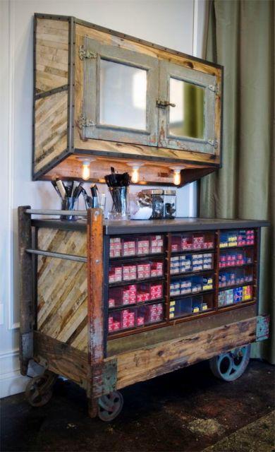 salão de beleza pequeno decorado móvel rústico