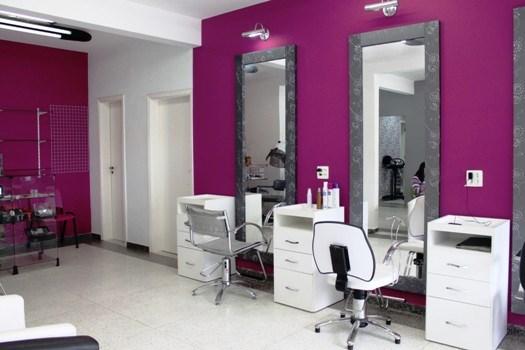 salão de beleza pequeno decorado pink