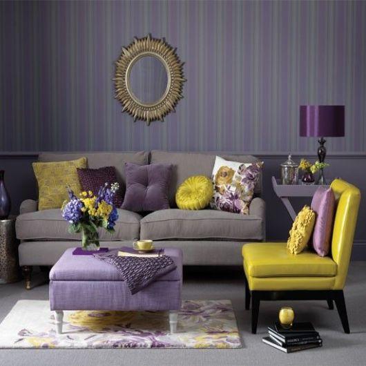 salas com sofá cinza parede