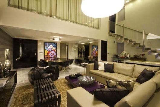 sala-de-estar-e-jantar-integradas-escadas