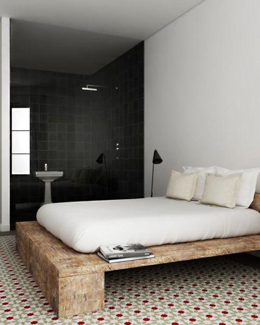 camas de madeira antiga