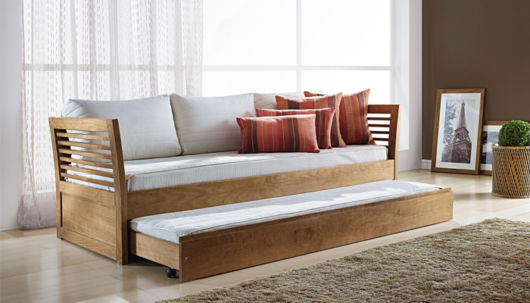 Camas de madeira dicas para escolher e 47 modelos lindos for Sofa que vira beliche preco