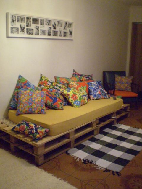 camas de madeira com palete