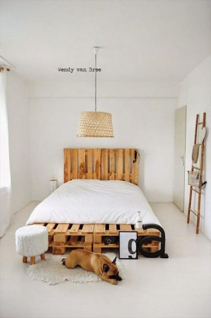 camas de madeira feita de pallet clean