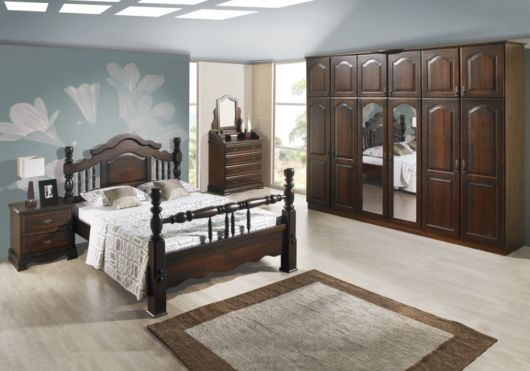 camas de madeira maciça