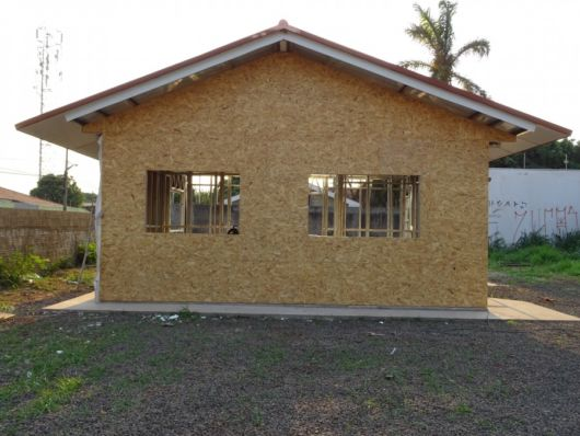 Casa sustent vel ecol gica vantagens e projetos incr veis - Casas para gatos baratas ...