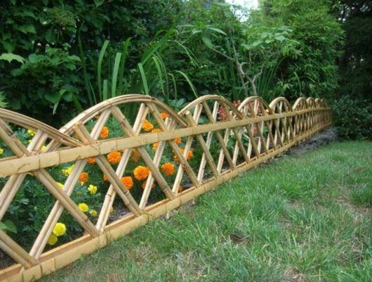 artesanato de bambu para jardim:Muita gente gosta de fazer artesanato com bambu para fazer uma cerca