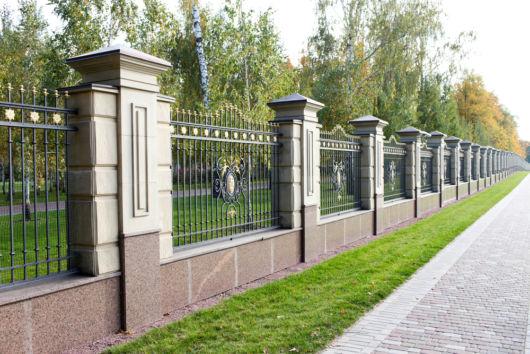cerca de jardim ferro : cerca de jardim ferro:de cerca para jardim de ferro +pilares de cimento, são ótimos para
