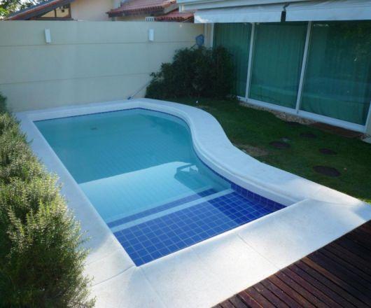 piscina pequena alvenaria