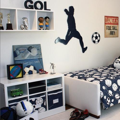 como decorar um quarto masculino futebol