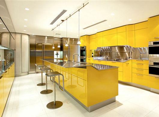 cozinhas-de-luxo-cor-amarela
