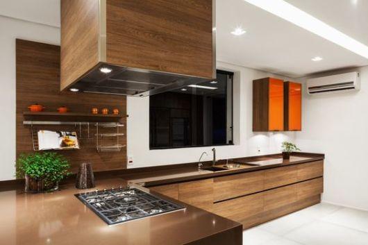 cozinhas-de-luxo-de-madeira