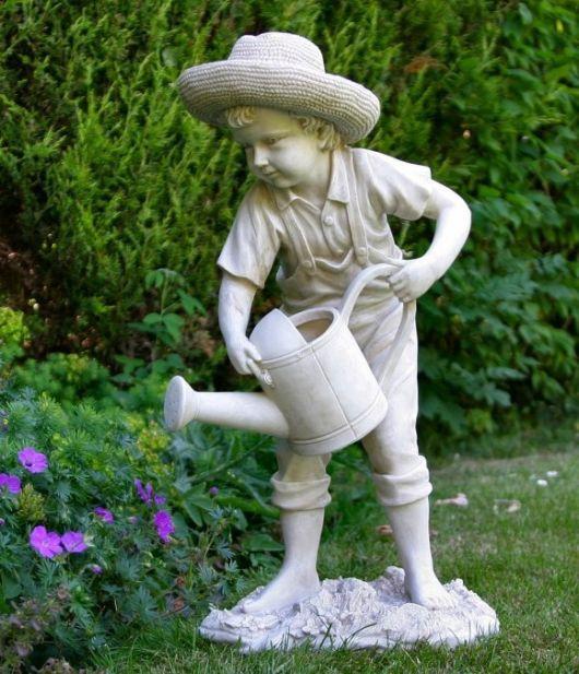 enfeites para jardim de madeira:Enfeites para jardim: 58 ideias para jardim interno e externo!