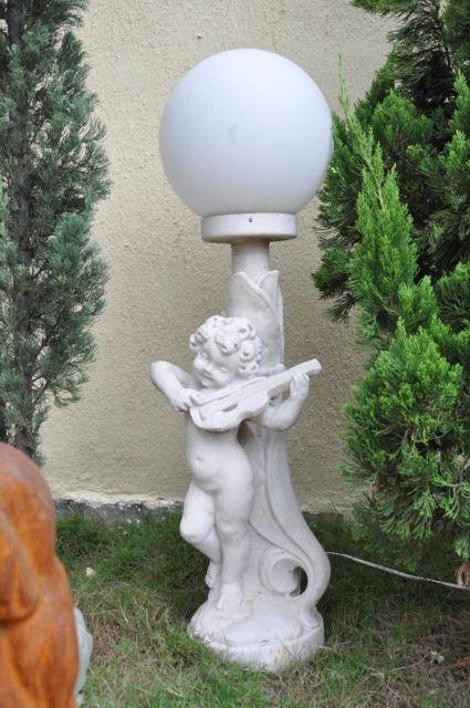 estátua iluminação