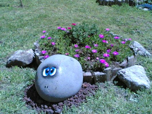 pedra simples decorada
