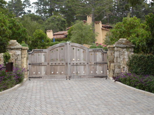 entrada-de-portao-de-pedra