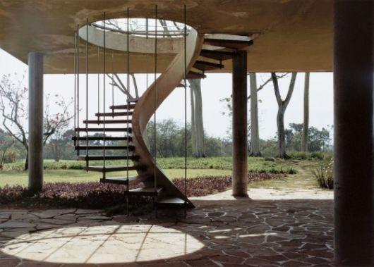escada-externa-caracol