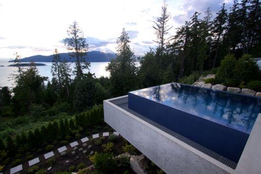 exemplo-piscina-suspensa